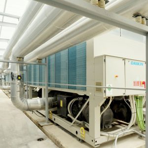 Instalacion de climatizacion, ventilacion y aire acondicionado en el Palacio de Congresos y el Hotel Palma Bay