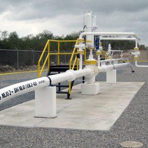 Lineas de recoleccion de gas y de liquidos en los campos de produccion de gas natural de Nejo